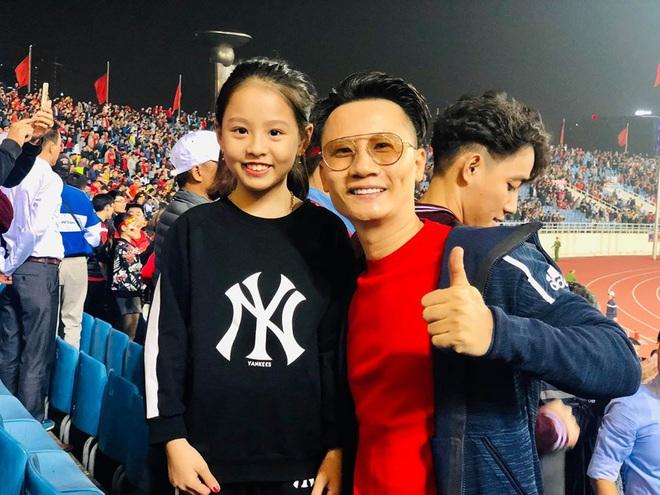 Bảo Anh chơi lớn tung ảnh nude mừng tuyển Việt Nam chiến thắng, lên ngôi đầu bảng G vòng loại World Cup 2022 - ảnh 2
