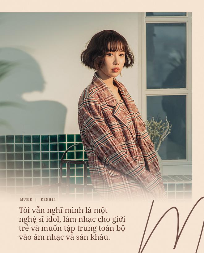 Min: Khán giả chẳng bao giờ chán nội dung người thứ ba, đam mỹ, bách hợp. Tôi thì muốn MV của mình đẹp, nghệ thuật, đừng drama quá. - ảnh 3