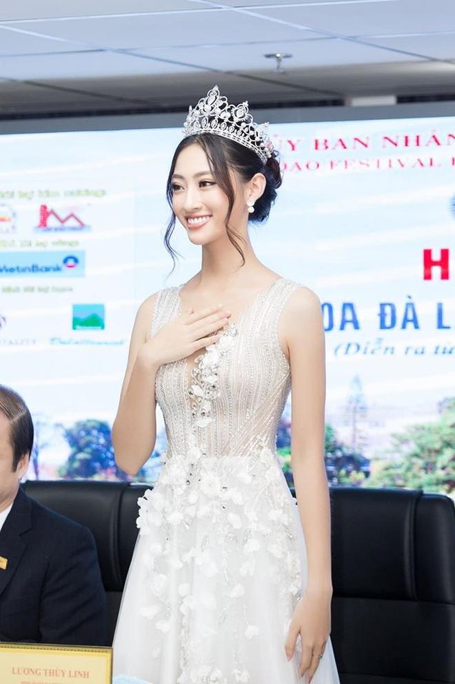 Màn giới thiệu tiếng Anh tham dự Miss World 2019 quá đỉnh của Lương Thuỳ Linh, không hổ danh là thành viên của đội tuyển HSG quốc gia, IELTS 7.5 - ảnh 2