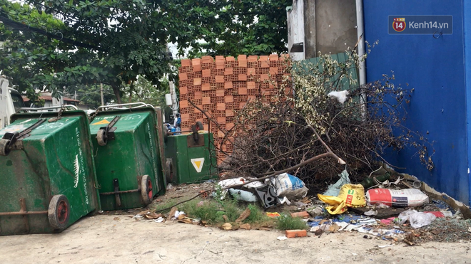 Clip: Ngộp thở những bãi tập kết rác bất đắc dĩ ở Sài Gòn - ảnh 3