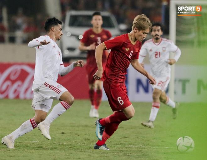 Tân binh gợi nhớ Xuân Trường với chiếc áo số 6 trong trận đấu ra mắt đội tuyển Việt Nam - ảnh 7
