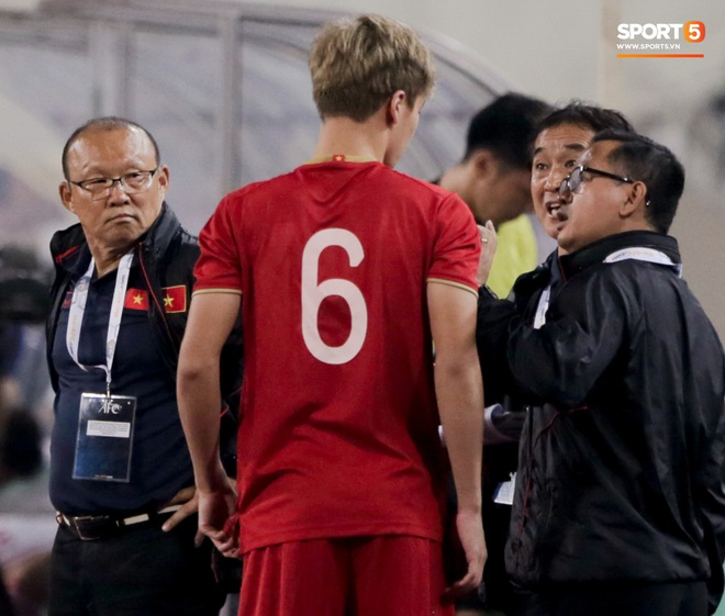 Tân binh gợi nhớ Xuân Trường với chiếc áo số 6 trong trận đấu ra mắt đội tuyển Việt Nam - ảnh 3