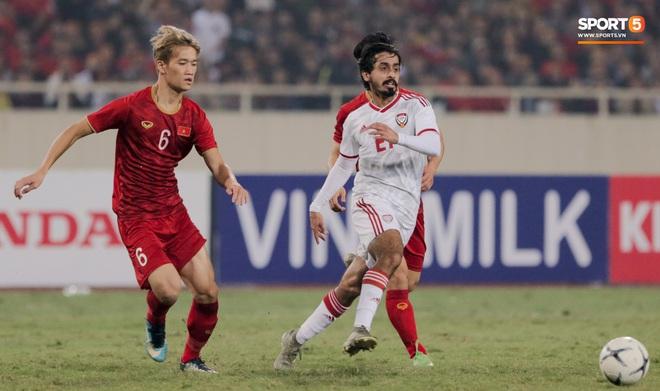 Tân binh gợi nhớ Xuân Trường với chiếc áo số 6 trong trận đấu ra mắt đội tuyển Việt Nam - ảnh 9