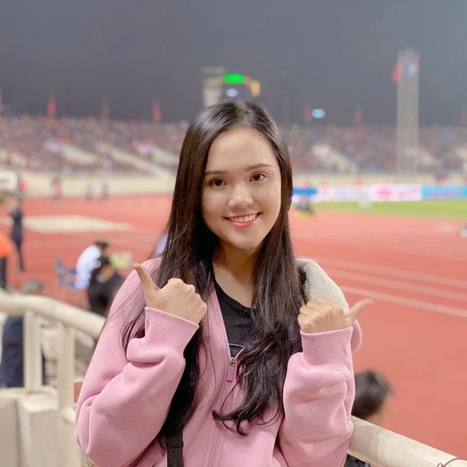 Các nàng WAGs xinh đẹp thi nhau chúc mừng tuyển Việt Nam, trầm trồ với bàn thắng quá đỉnh của Tiến Linh - ảnh 4