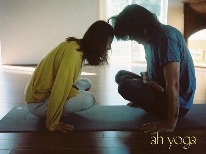 Bộ ảnh tập yoga gây bão MXH của vợ chồng Lee Hyori: Nhìn qua tựa ngôn tình, gần vào mới thấy ông xã cam chịu ra sao! - Ảnh 5.