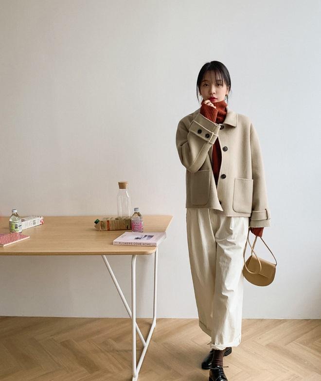 Có trong tay phiên bản hack tuổi của 5 mẫu áo khoác phổ biến, các nàng có thể ăn gian được một cơ số tuổi - ảnh 1