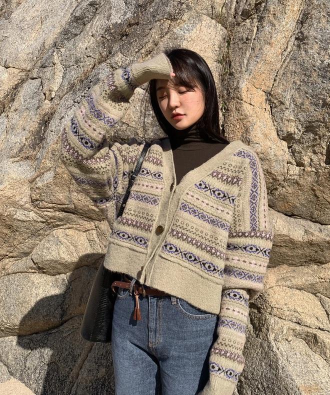 Có trong tay phiên bản hack tuổi của 5 mẫu áo khoác phổ biến, các nàng có thể ăn gian được một cơ số tuổi - ảnh 16