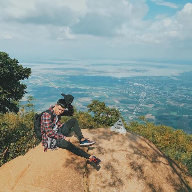 Tuổi trẻ nhất định phải một lần được đi leo núi, cuối tuần muốn trốn khỏi Sài Gòn thì thử chinh phục 4 chỗ này xem! - Ảnh 6.