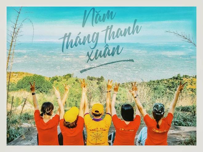 Tuổi trẻ nhất định phải một lần được đi leo núi, cuối tuần muốn trốn khỏi Sài Gòn thì thử chinh phục 4 chỗ này xem! - Ảnh 1.