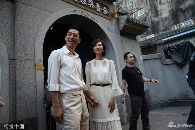 Bị phản đối dữ dội, siêu mẫu ngực khủng xứ Đài Lâm Chí Linh vẫn váy cưới lộng lẫy tập dượt trước hôn lễ với chồng Nhật kém 7 tuổi - Ảnh 4.