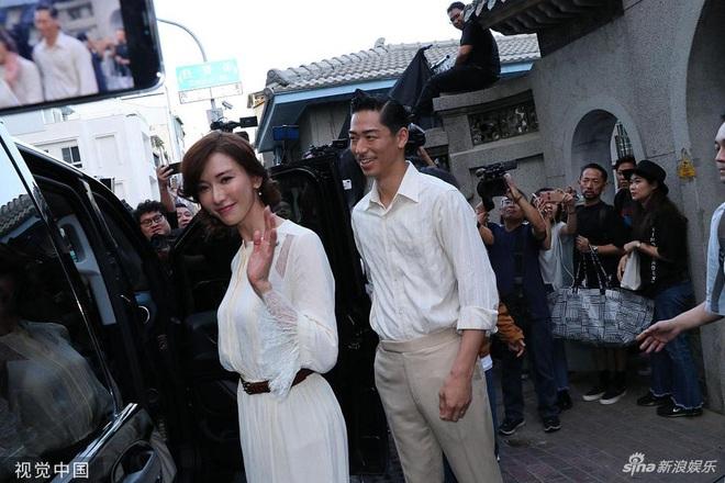 Bị phản đối dữ dội, siêu mẫu ngực khủng xứ Đài Lâm Chí Linh vẫn váy cưới lộng lẫy tập dượt trước hôn lễ với chồng Nhật kém 7 tuổi - Ảnh 7.