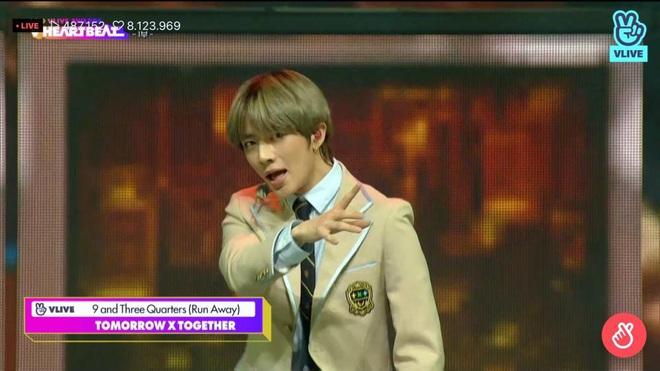 Noo Phước Thịnh biểu diễn hit mới đầy đẳng cấp trên sân khấu Hàn Quốc, BTS vắng mặt vẫn gây bùng nổ! - Ảnh 9.