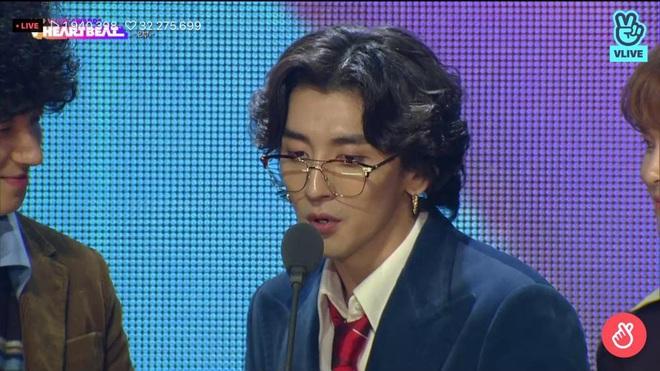 Noo Phước Thịnh biểu diễn hit mới đầy đẳng cấp trên sân khấu Hàn Quốc, BTS vắng mặt vẫn gây bùng nổ! - Ảnh 24.