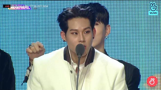 Noo Phước Thịnh biểu diễn hit mới đầy đẳng cấp trên sân khấu Hàn Quốc, BTS vắng mặt vẫn gây bùng nổ! - Ảnh 26.