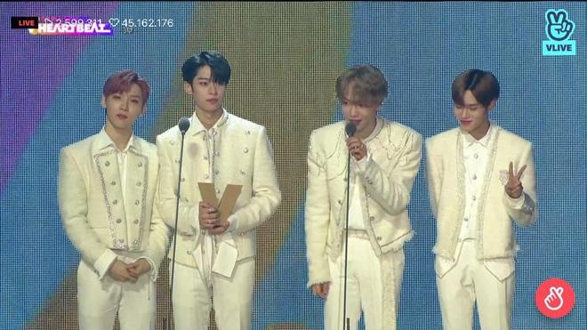 Noo Phước Thịnh biểu diễn hit mới đầy đẳng cấp trên sân khấu Hàn Quốc, BTS vắng mặt vẫn gây bùng nổ! - Ảnh 29.