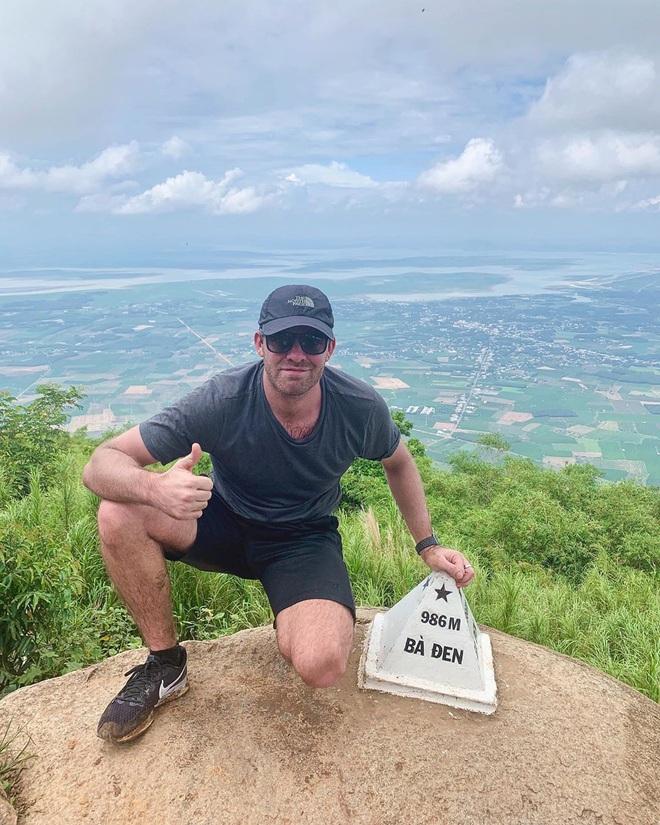 Tuổi trẻ nhất định phải một lần được đi leo núi, cuối tuần muốn trốn khỏi Sài Gòn thì thử chinh phục 4 chỗ này xem! - Ảnh 4.