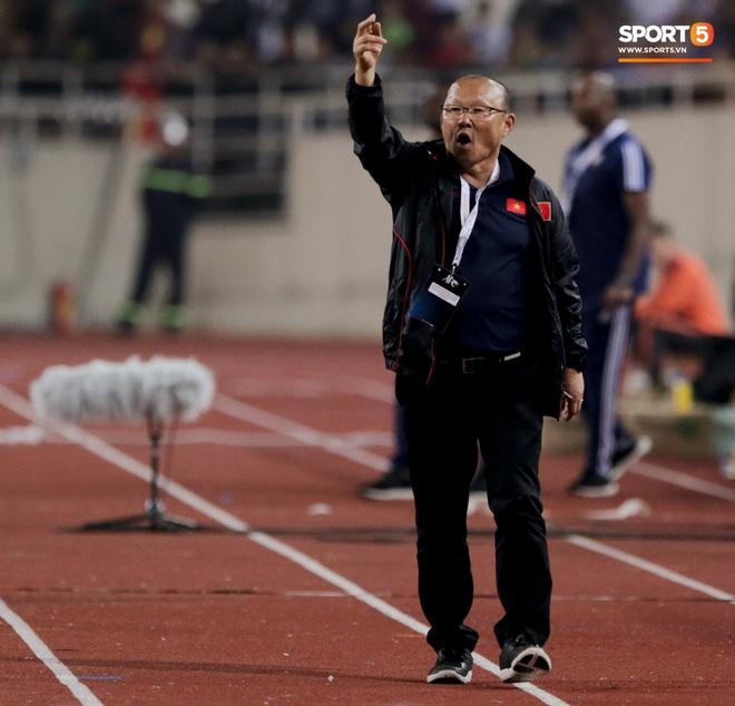 Tuần lễ khốn khổ của các HLV World Cup tại châu Á: Người thua Việt Nam, người từ chức vì tuyển Trung Quốc quá tệ - ảnh 3