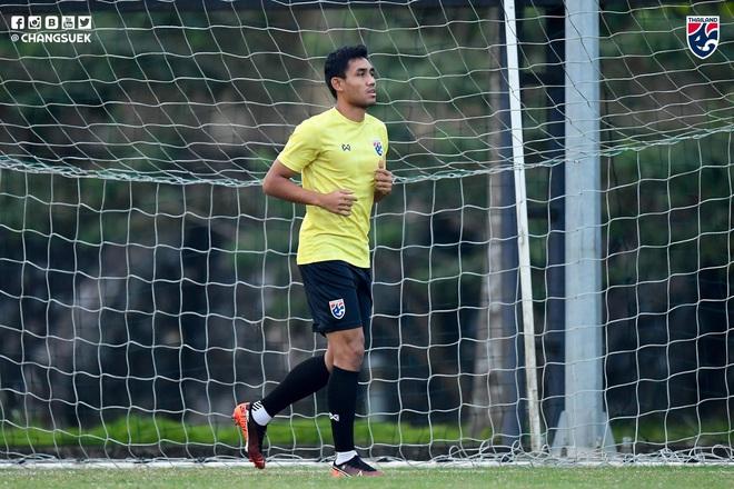 Messi Thái Chanathip tích cực tập luyện chuẩn bị cho màn tái ngộ đôi chân pha lê Tuấn Anh ở Vòng loại World Cup - ảnh 10
