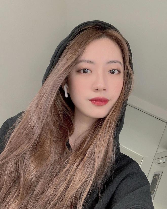 Không hổ danh là bạn gái Rocker Nguyễn, khoe mặt mộc sương sương cũng khiến người ta ghen quá trời - ảnh 9
