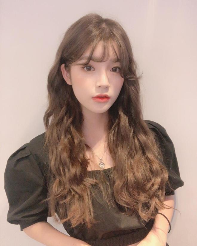 """5 kiểu tóc ngắn và 5 kiểu tóc dài cực nịnh mặt lại chẳng bao giờ lỗi mốt các nàng có thể """"quẩy"""" luôn không cần suy nghĩ - ảnh 9"""