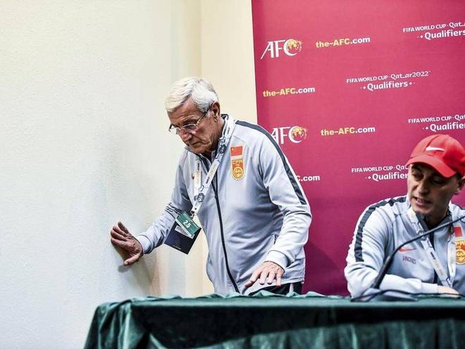 Tuần lễ khốn khổ của các HLV World Cup tại châu Á: Người thua Việt Nam, người từ chức vì tuyển Trung Quốc quá tệ - Ảnh 2.