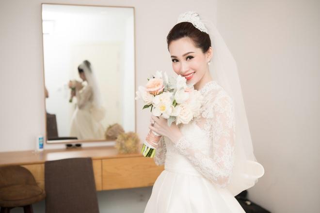 Đến đám cưới Bảo Thy là có thể khẳng định: Hầu hết các cô dâu showbiz Việt đều đu theo xu hướng trang điểm tông cam - ảnh 7