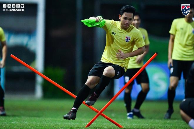 Messi Thái Chanathip tích cực tập luyện chuẩn bị cho màn tái ngộ đôi chân pha lê Tuấn Anh ở Vòng loại World Cup - ảnh 12