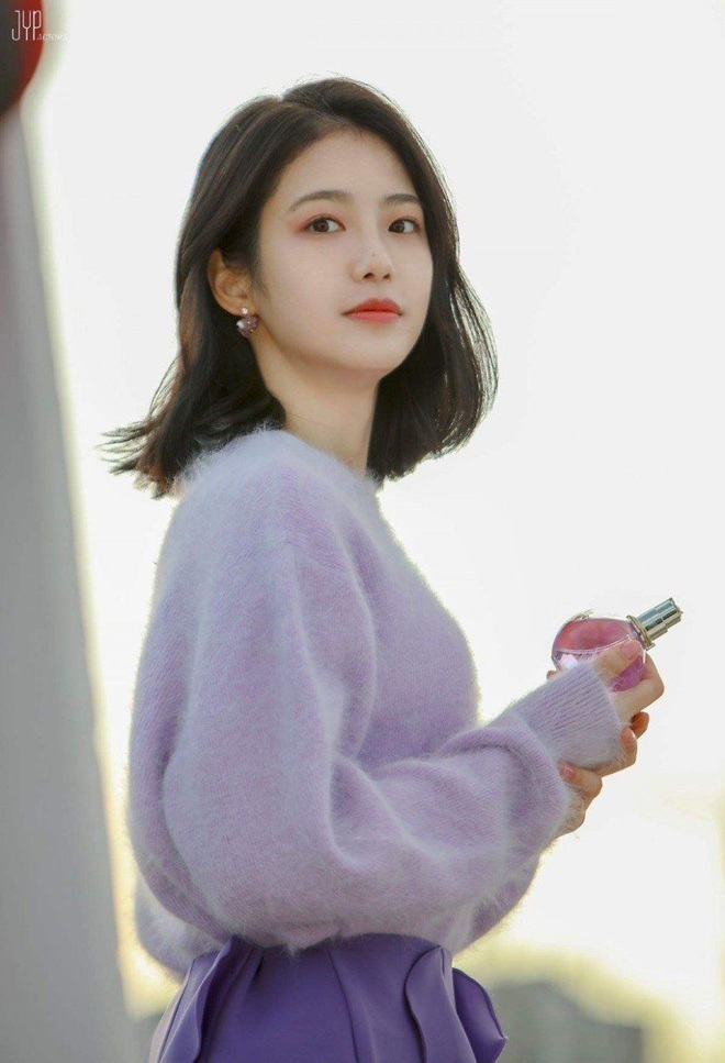 Nữ diễn viên tân binh thành hiện tượng MXH chỉ với 2 bức ảnh thi audition ở JYP, nữ thần kế nhiệm Suzy là đây? - ảnh 5