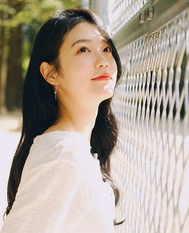 Nữ diễn viên tân binh thành hiện tượng MXH chỉ với 2 bức ảnh thi audition ở JYP, nữ thần kế nhiệm Suzy là đây? - ảnh 4