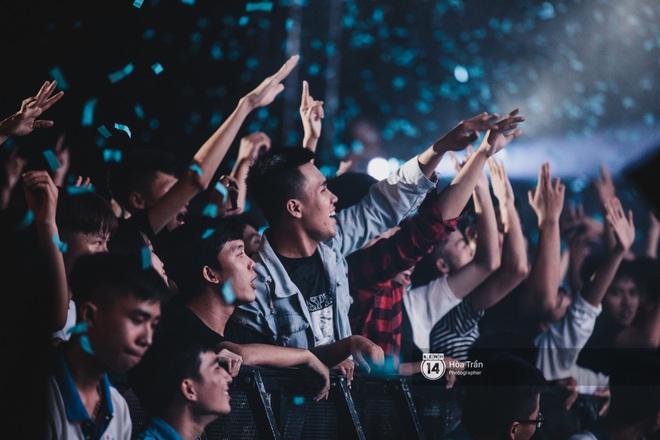 YAMAHA Road to Ravolution: DJ Huy DX căng não để tìm ra người chiến thắng, Binz sung đến mức đòi biểu diễn thêm! - ảnh 5
