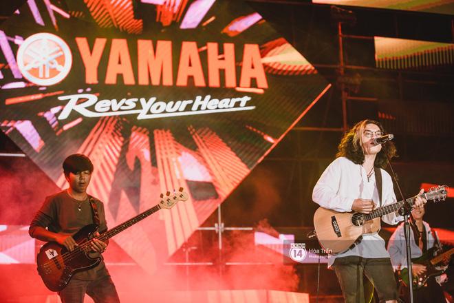 YAMAHA Road to Ravolution: DJ Huy DX căng não để tìm ra người chiến thắng, Binz sung đến mức đòi biểu diễn thêm! - ảnh 13