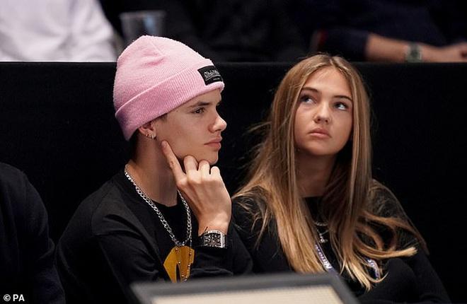 2 mỹ nhân lọt vào mắt xanh của 2 quý tử nhà Beckham: Nhan sắc bốc lửa, hết ái nữ tỷ phú lại đến mẫu Anh siêu hot - ảnh 4