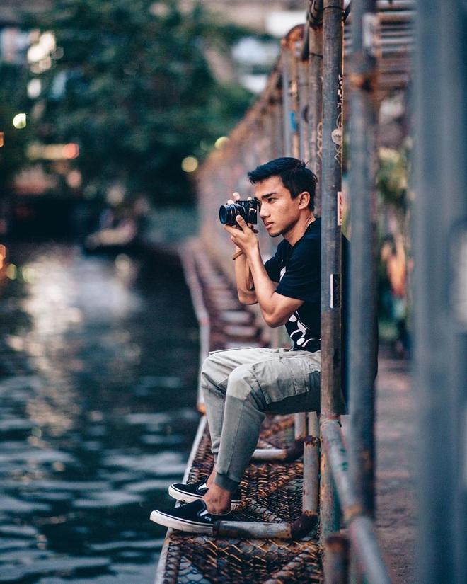 """Ít ai biết Messi Thái Lan sắp đụng độ đội tuyển Việt Nam lại là """"tay chơi"""" nhiếp ảnh chính hiệu: Cầu thủ mà như travel blogger! - Ảnh 16."""