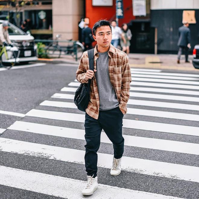 """Ít ai biết Messi Thái Lan sắp đụng độ đội tuyển Việt Nam lại là """"tay chơi"""" nhiếp ảnh chính hiệu: Cầu thủ mà như travel blogger! - Ảnh 4."""