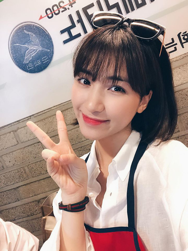 """Đi shopping như Hòa Minzy cũng khổ: Từ tóc mái đến mũ mão, mua gì về cũng phát hiện bị """"hớ"""" - ảnh 10"""