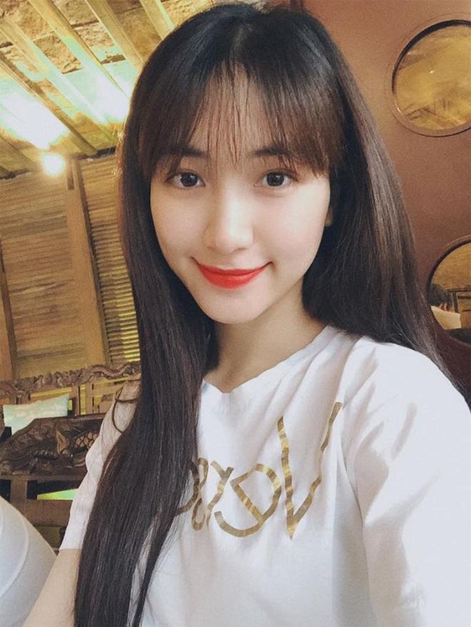 """Đi shopping như Hòa Minzy cũng khổ: Từ tóc mái đến mũ mão, mua gì về cũng phát hiện bị """"hớ"""" - ảnh 11"""