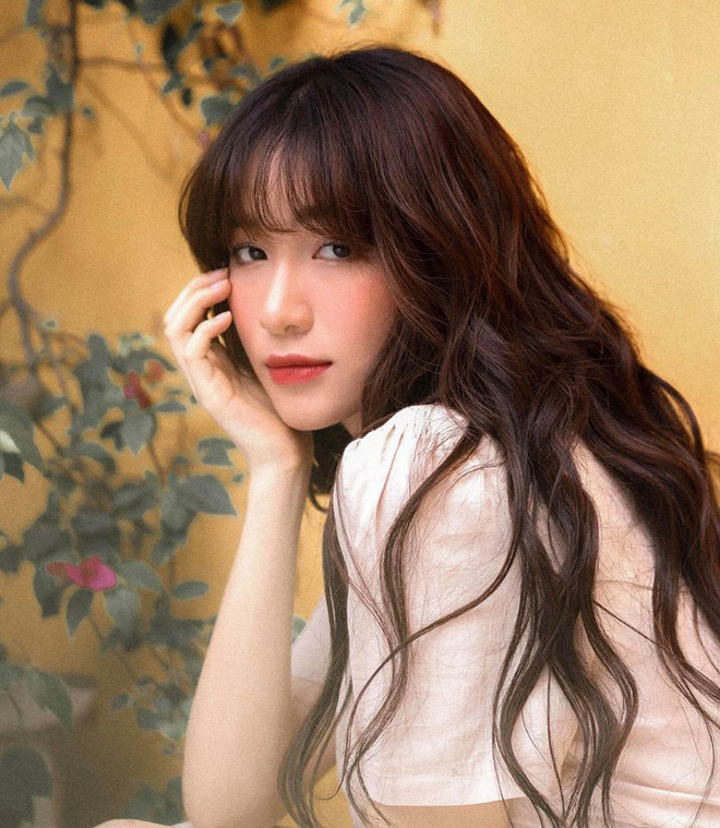 """Đi shopping như Hòa Minzy cũng khổ: Từ tóc mái đến mũ mão, mua gì về cũng phát hiện bị """"hớ"""" - ảnh 12"""