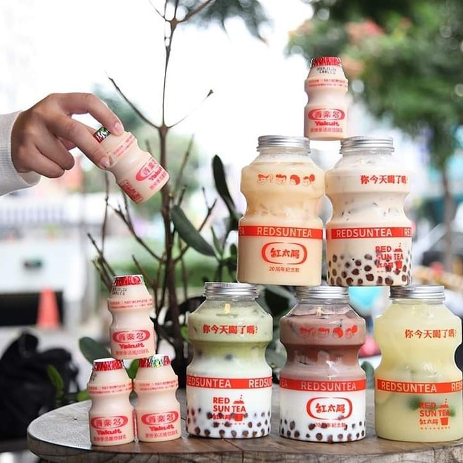 Tín đồ trà sữa phát cuồng với phiên bản đặc biệt hình lọ sữa chua uống siêu to khổng lồ có dung tích lên đến 700ml tại Đài Nam - Ảnh 10.