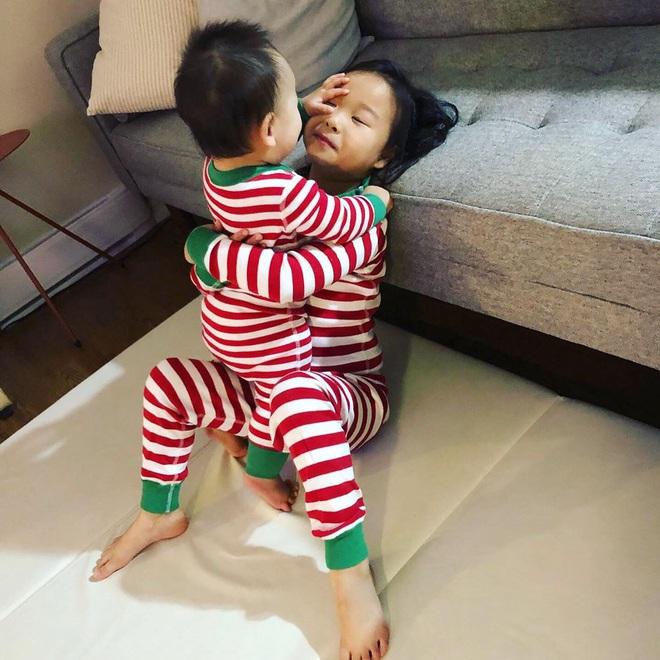 Ai mà ngờ cựu thành viên Wonder Girls giờ đã là mẹ 3 con, công khai gương mặt của 2 đứa bé - ảnh 2