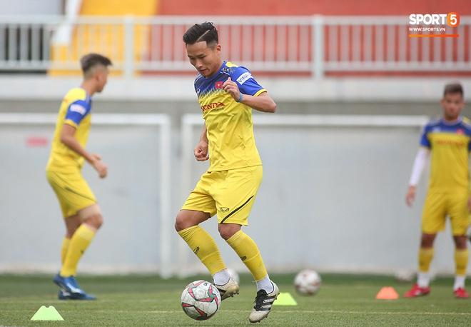 Tiền vệ Trương Văn Thái Quý: Trọng Hoàng và Hùng Dũng sẽ là sự bổ sung cần thiết cho U22 Việt Nam hướng tới mục tiêu cao nhất tại SEA Games 30 - ảnh 12
