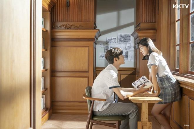 4 ngôi trường trong mơ chỉ có trong phim Hàn: Chủ yếu là tràn bờ đê trai đẹp từ thầy cho đến học sinh! - Ảnh 6.