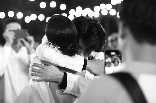 Đông Nhi tung loạt khoảnh khắc đầy cảm xúc trong hôn lễ: Noo - Isaac được đẩy thuyền, Hari Won bị dìm tơi tả - ảnh 5