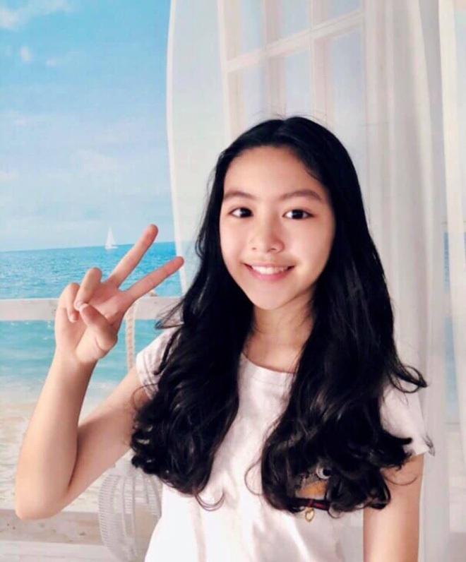 Không chỉ con gái Quyền Linh, hội tiểu thư showbiz Việt toàn sở hữu gen mỹ nhân, sớm nhìn ra tố chất hoa hậu từ khi còn đi học - ảnh 29