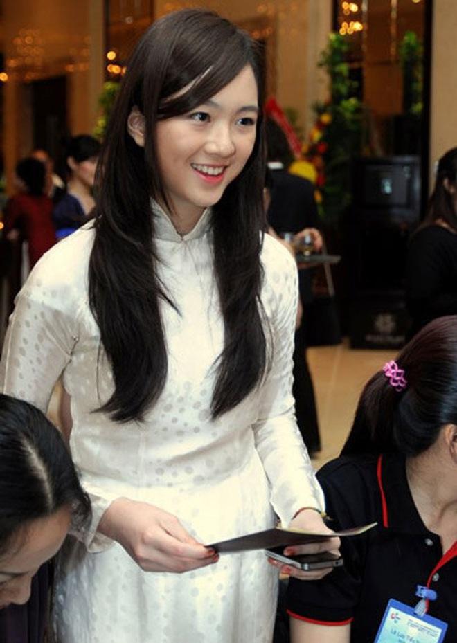 Không chỉ con gái Quyền Linh, hội tiểu thư showbiz Việt toàn sở hữu gen mỹ nhân, sớm nhìn ra tố chất hoa hậu từ khi còn đi học - ảnh 5