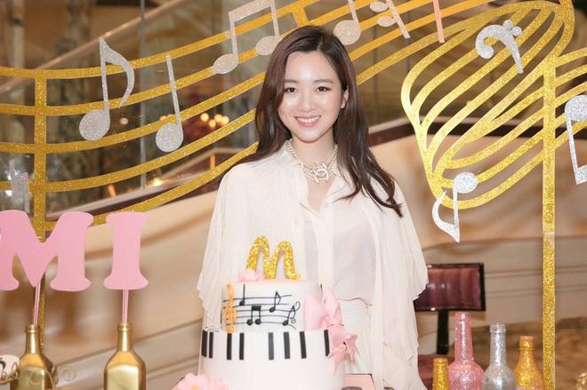 Không chỉ con gái Quyền Linh, hội tiểu thư showbiz Việt toàn sở hữu gen mỹ nhân, sớm nhìn ra tố chất hoa hậu từ khi còn đi học - ảnh 2