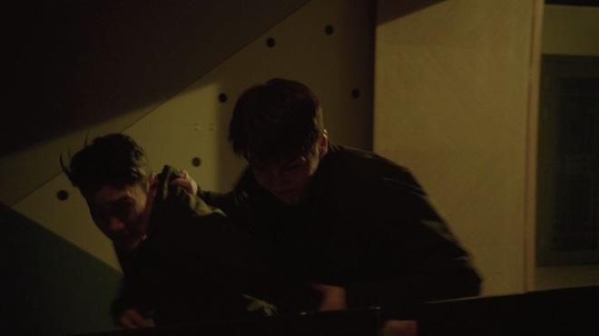 Vagabond tập 15 cực twist: Lộ diện thân phận trùm cuối, Lee Seung Gi bị thiêu sống trong nhà kho - ảnh 4
