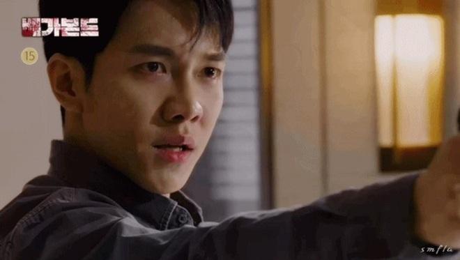 Vagabond tập 15 cực twist: Lộ diện thân phận trùm cuối, Lee Seung Gi bị thiêu sống trong nhà kho - ảnh 17