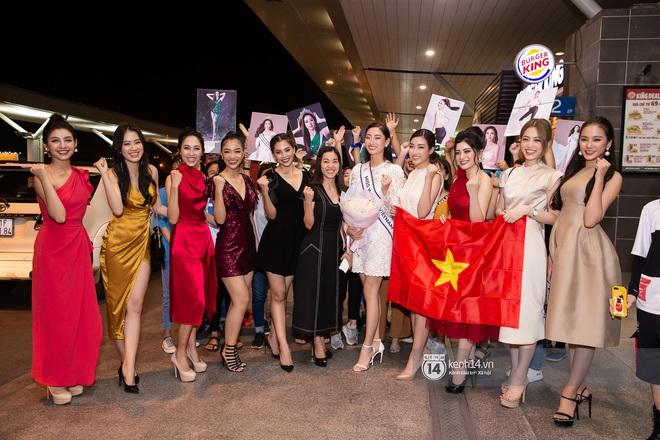 Đỗ Mỹ Linh, Tiểu Vy và dàn mỹ nhân gây náo loạn sân bay khi tiễn Thùy Linh lên đường đi Anh dự thi Miss World - ảnh 9