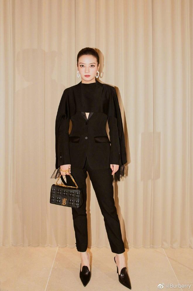 Nữ hoàng thảm đỏ Cbiz 2019: Phạm Gia sa sút phong độ, Triệu Vy ngày một đẳng cấp, Angela Baby và Quan Hiểu Đồng đua đồ Haute Couture - ảnh 11
