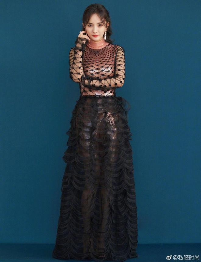 Nữ hoàng thảm đỏ Cbiz 2019: Phạm Gia sa sút phong độ, Triệu Vy ngày một đẳng cấp, Angela Baby và Quan Hiểu Đồng đua đồ Haute Couture - ảnh 29